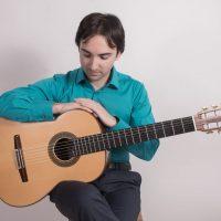 Luis alejandro-min